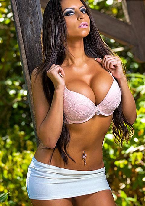 angelina_christina_hot_body_hustlin_20100813_1802456507
