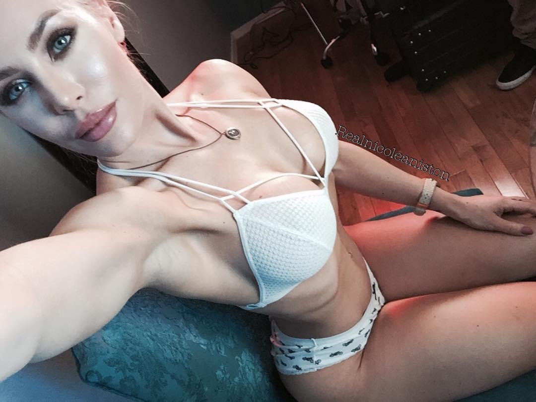 Nicole aniston hustler