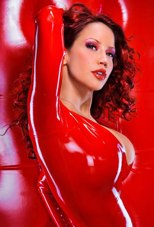 bianca_beauchamp_the_latex_collection_20110223_1087740059