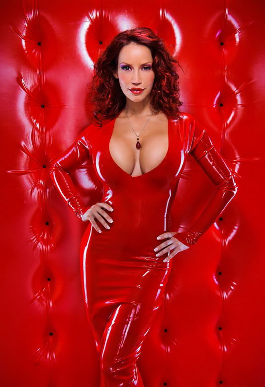 bianca_beauchamp_the_latex_collection_20110223_1354177369
