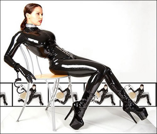 bianca_beauchamp_the_latex_collection_20110223_1966042054