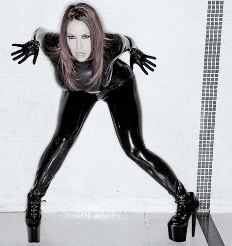 bianca_beauchamp_the_latex_collection_20110223_2045138996