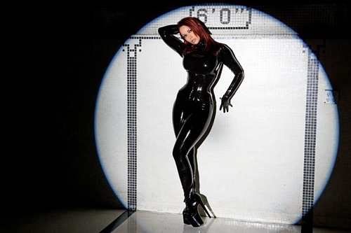 bianca_beauchamp_the_latex_collection_20110223_2058188554