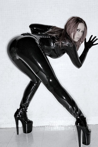 bianca_beauchamp_the_latex_collection_20110223_2064358733