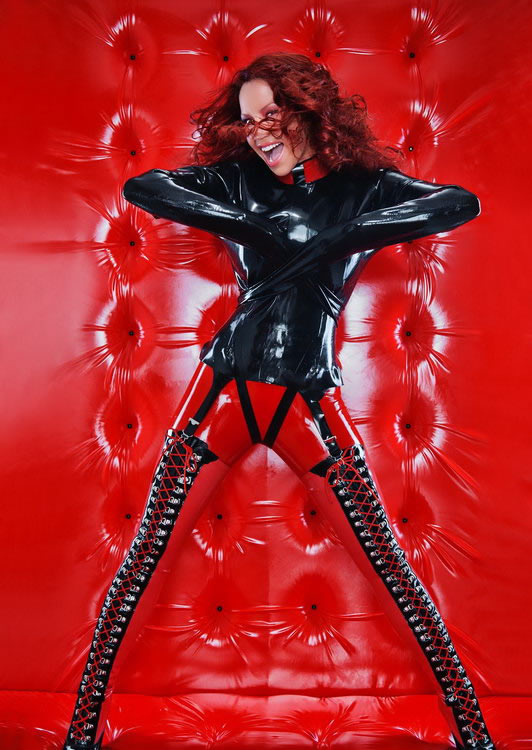 bianca_beauchamp_the_latex_collection_20110223_2085171024