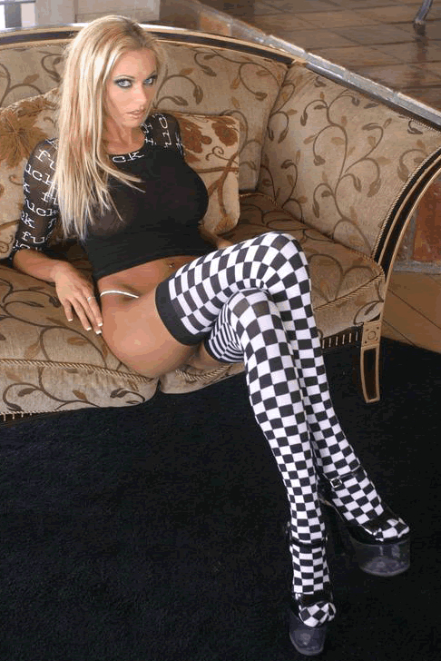 briana_banks_the_50_best__ever_20110402_1288021600