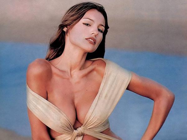 carolina_pampita_ardohain_swimsuit_edition_2011_20110217_1202071485