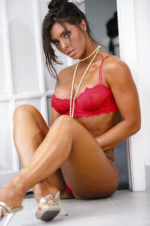kyla_mcgrath_extreme_fitness_hustlin_20100625_1041589028