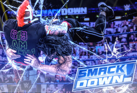 WWE Smackdown: Roman Reigns Savages the Mysterios
