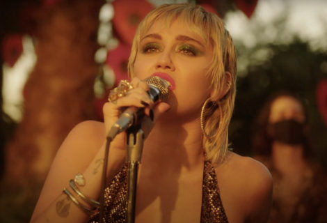 "Miley Cyrus Covers ""Sweet Jane"""